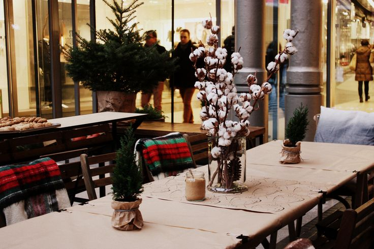 W Le Trag Bistro & Bar już czujemy święta! #christmas #table #deco #decoration #decorations #winter #wintertime #xmas #restaurant #poznan #letarg #letargbistro #beautiful #food #eat #eatout