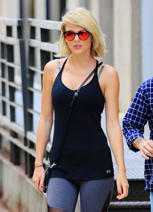 "Taylor Swift ""Out And About"" inNYC August 26, 2016 - Welcome to your #1 source for Taylor Swift on tumblr. We do our best to bring you the latest news,..."