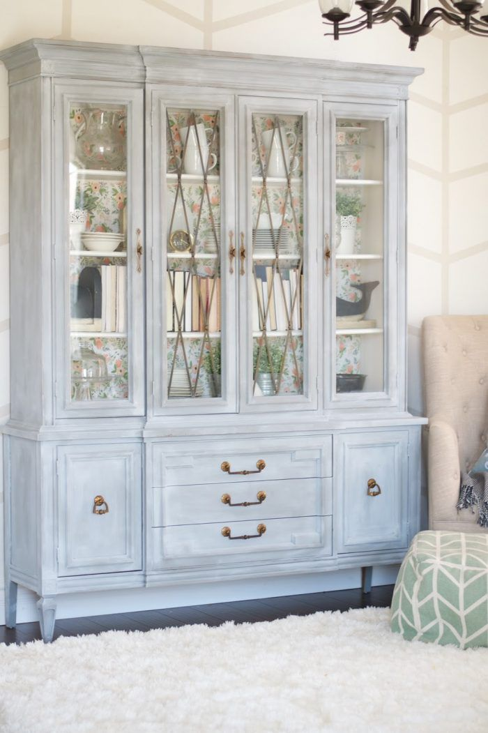 Gorgeous painted hutch makeover. Come see the before and after of this beautiful hutch using BB Frosch chalk paint powder! Rifle Paper Co wallpaper inside this pretty chalk paint hutch!