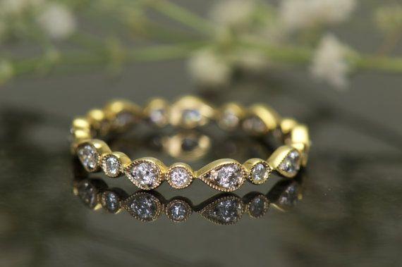 Bulle de l'éternité d'empilage bague en diamant en or 18k jaune or avec des perles Milgrain, broches et lunette sertie, bande de mariage, Lucy et poire