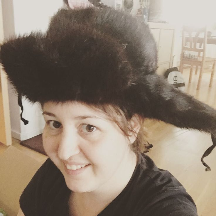 Making a #fashionstatement with a #fancy #Russian #furhat. Top that if you can!!!