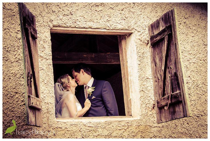 Kiss - - www.lenes-photos.de - - #romantic #kiss #weddingday #wedding #hochzeit #braut #hochzeitskleid #organza #bride #groom #weddingday #wedding #mertesdorf #trier  #germany #leneborgers #lene #photographer #fotografin #hochzeitsfotografin