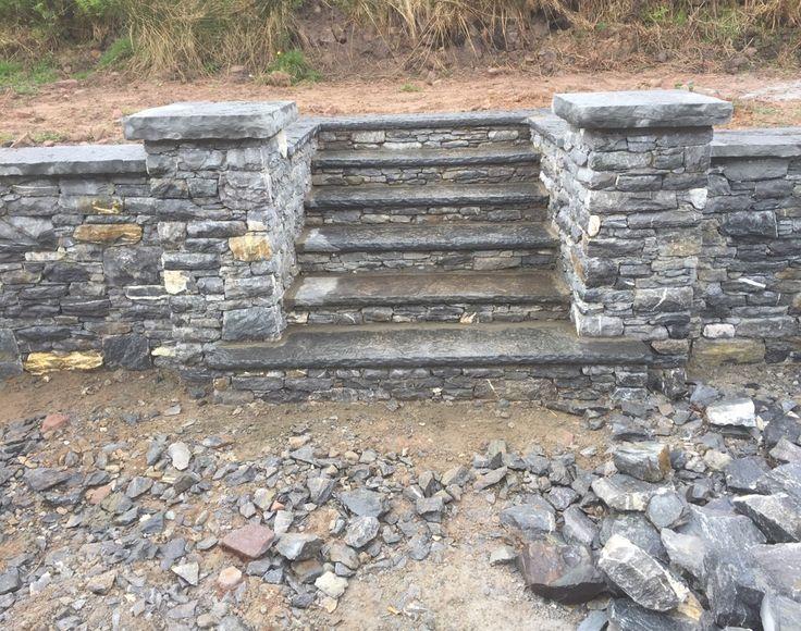 Dry limestone wall Steps in Stonework