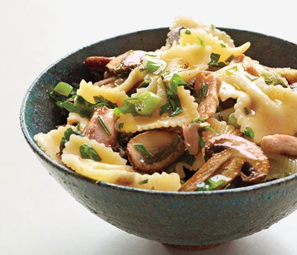 Farfalle With Tuna and Rosemary Mushroom Sauce from Self.com - only 350
