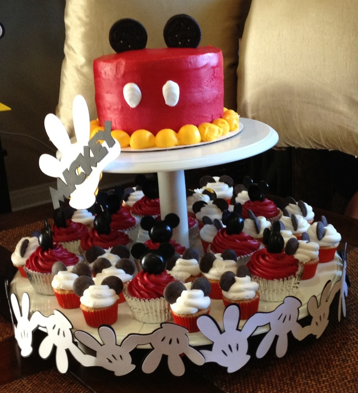 mickey mouse cake with oreo ears standard cupcakes with mickey picks mini cupcakes with. Black Bedroom Furniture Sets. Home Design Ideas
