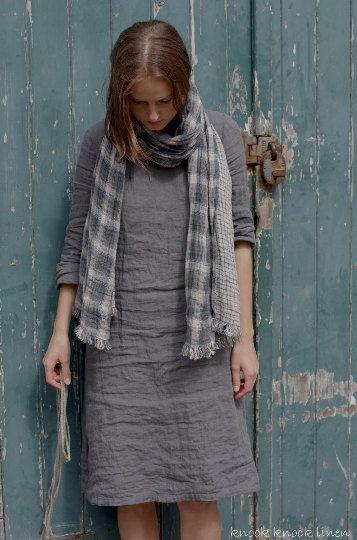 LINEN DRESS / slightly flared silhouette by KnockKnockLinen