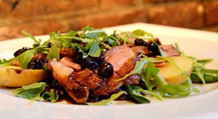 Gastronomie au restaurant La Cuvée, partenaire de l'Auberge le Pomerol, fier membre Hôtellerie Champêtre.
