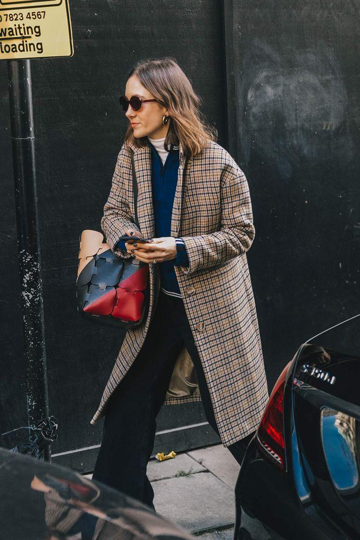 Trucos de siempre que vuelven: hacer que el bolso vaya a juego con el resto del look