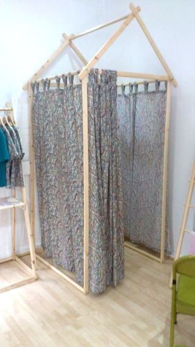 Shop-Fitting-Room-Dressing-Room-Changing-Room-Retail-Fitting