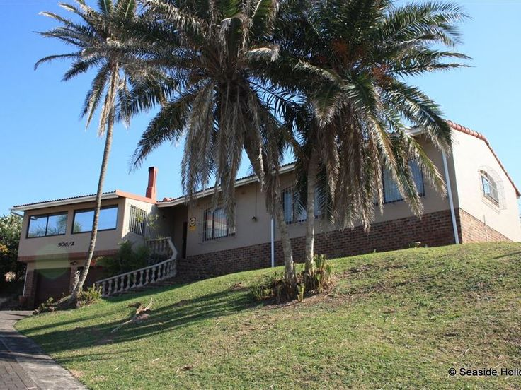 Loeries Nest - Loeries Nest is a large, spacious house located just 150m from Ramsgate main beach with its restaurant, cocktail deck and famous Waffle House. The Blue Flag beach is protected by lifeguards and shark nets ... #weekendgetaways #margate #southafrica