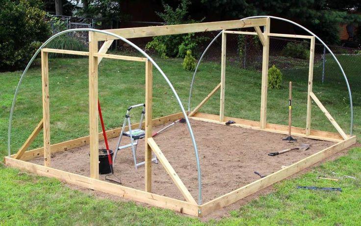 DIY Hoop House Greenhouse Design and Build em 2020 Projetos