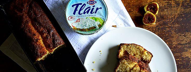 Αφράτο κέικ σύκου με Flair Cottage Cheese