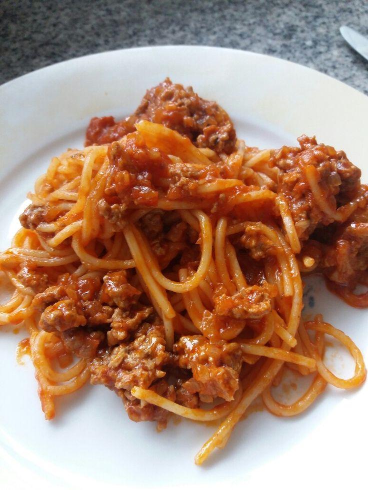 tallarines son gluten con salsa bolognesa