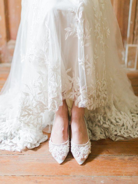 Beautiful Wedding Flats With Mesh And Flower Embroidery Beads