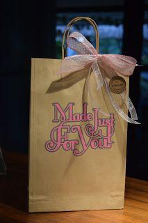 How-to Decorate a Paper bag with Silhouette Cameo/Portrait/Curio. Nu På Svenska!