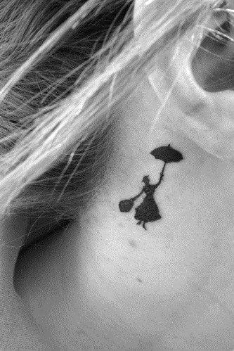 Tatuagens atrás da orelha « Dona Giraffa