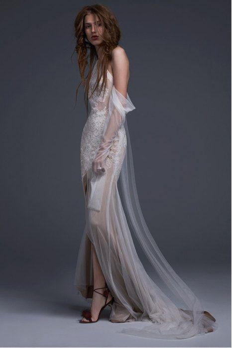 Готическая невеста: «средневековые» свадебные платья Vera Wang | Журнал Cosmopolitan