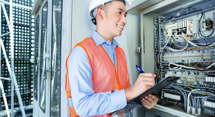 Our specialists at Local Electricians Sun City offers high-quality electrical panels and installation services to ensure the smooth operation of electrical systems at your home or office. #SunCityElectrician #ElectricianSunCity #ElectricianSunCityAZ #SunCityElectricians #ElectricianinSunCity