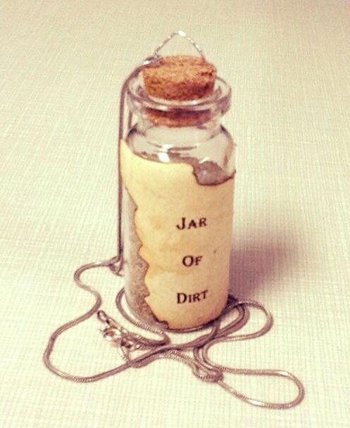 "POTC ""Jar Of Dirt"" necklace"