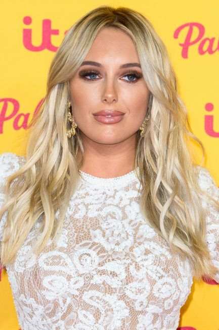 d6c36415f8d Amber Turner ITV Gala  TOWIE star debuts stunning new look alongside  boyfriend Dan Edgar - all the details from her hair to her outfit  fashion   fashionidea ...
