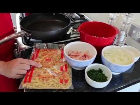 PastaTV - Contadina Pasta with Tomato & Zucchini - YouTube