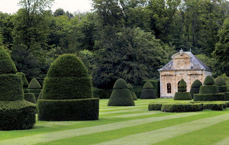 Valentino Garavani's Traditional Garden in France