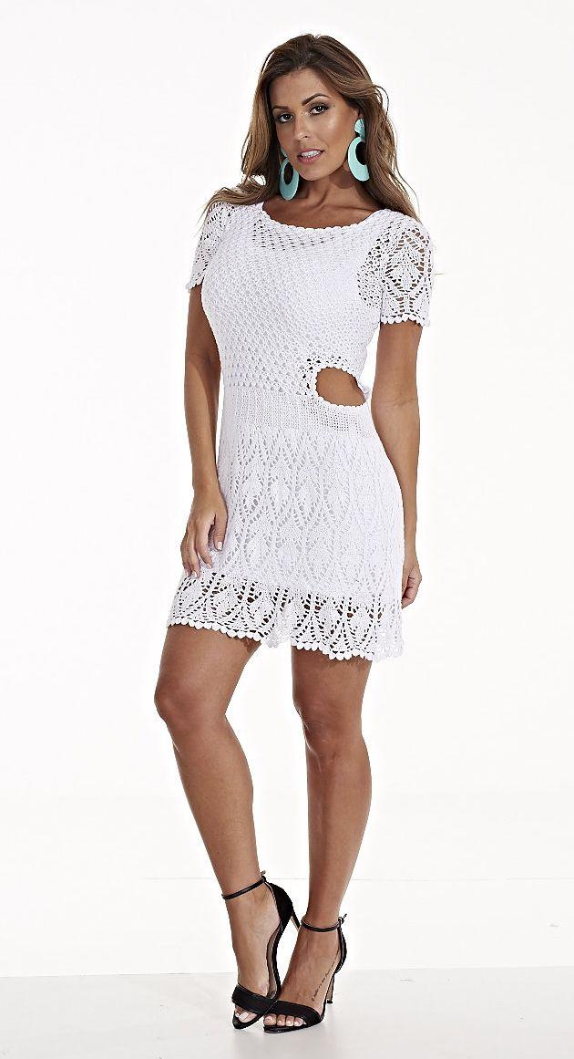A linha estilo é c omposta de fibras nobres (seda e viscose). Por esse motivo, as peças em crochê feitas com essa linha possuem acabamento...