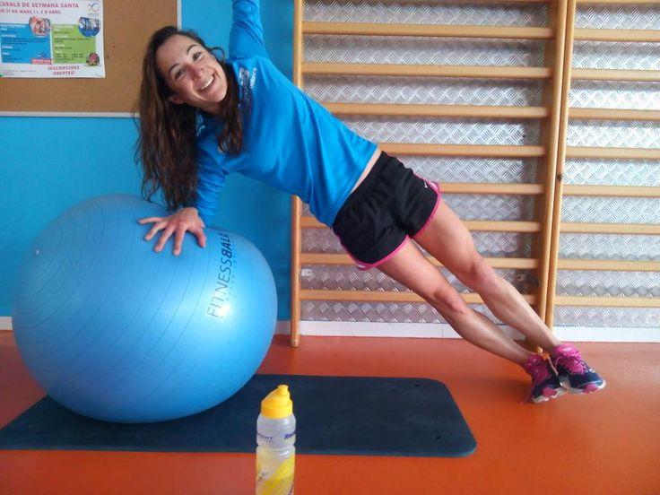 Anna Noguera, con esta sonrisa que da gusto. ¡Recuerda  lo bueno de trabajar con deportistas que expresan optimismo y felicidad para las marcas!