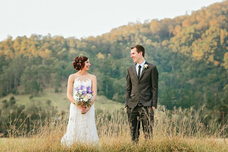 JESS & JUSTIN at SARABAH ESTATE VINEYARD: A happy day filled with enthusiasm and dancing!