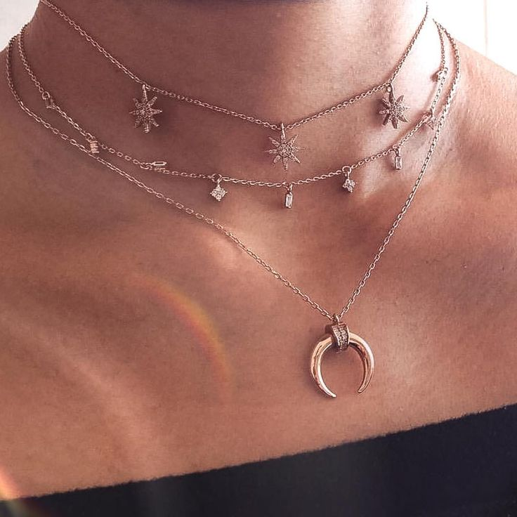 Putting the fashion back in jewelry | Get layered in the latest it-girl jewelry | 15% off all first orders | Snapchat Adornmonde