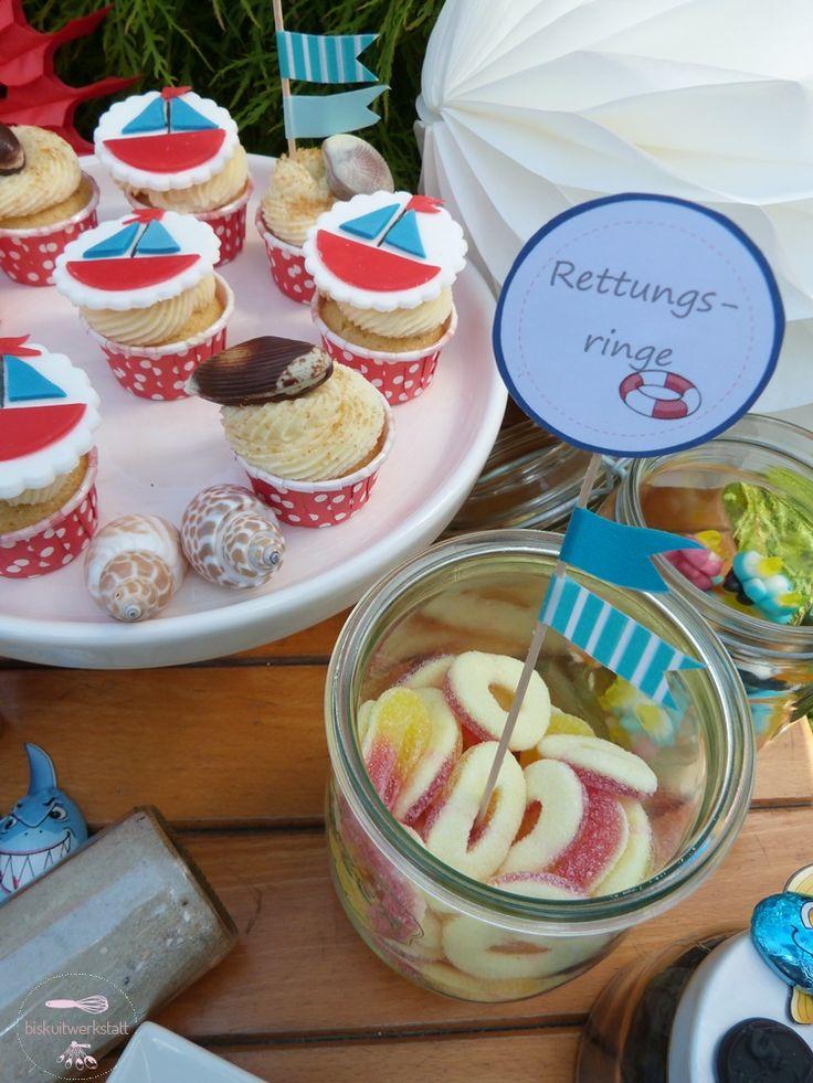 by biskuitwerkstatt Alle Mann an Deck, hier kommt mein maritimer Geburtstags-Sweet table http://biskuitwerkstatt.blogspot.com