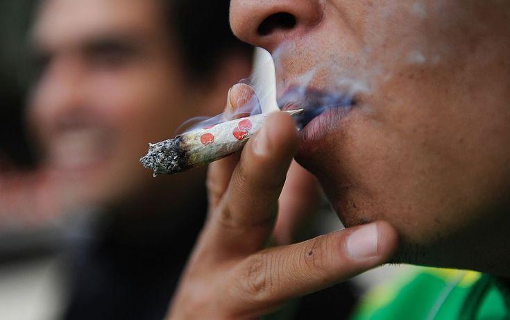 """Creo que la tendencia es la misma en  América Latina, se empieza a ver la marihuana como algo recreacional, de ahí el aumento de su consumo (Benjamín Núñez Vega)  """"Entre las drogas ilegales más consumidas en México, según la encuesta, están la marihuana (cuyo consumo en todo el país pasó de 6% en 2011 a un 8,6% en 2016), seguido de la cocaína (que pasó de un 3,3% a un 3,5% en 2016) y los alucinógenos, cuyo consumo permaneció constante entre 2011 y 2016 en un 0,7%""""  Estas son las drogas…"""