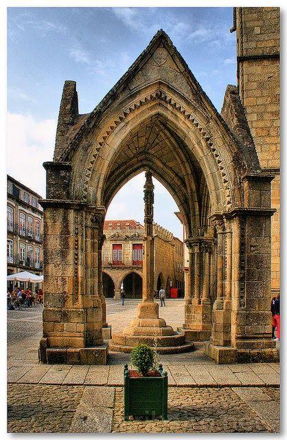 Padrão Comemorativo da Batalha do Salado, Guimarães.