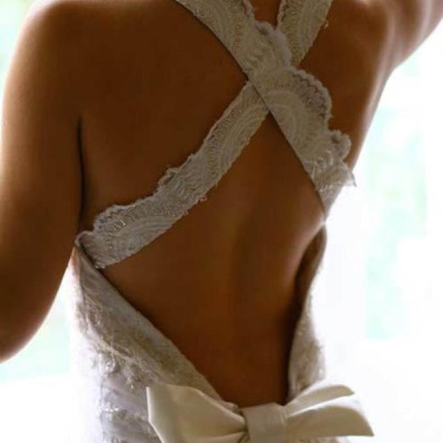 17 best possible wedding dresses images on pinterest for Open back bow wedding dress