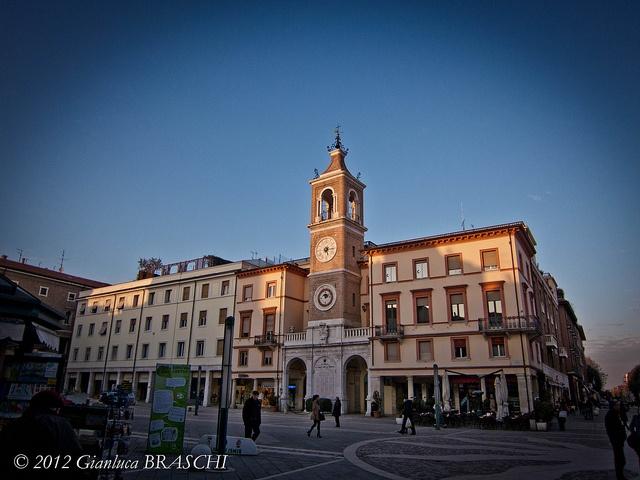 Rimini. Piazza Tre Martiri.