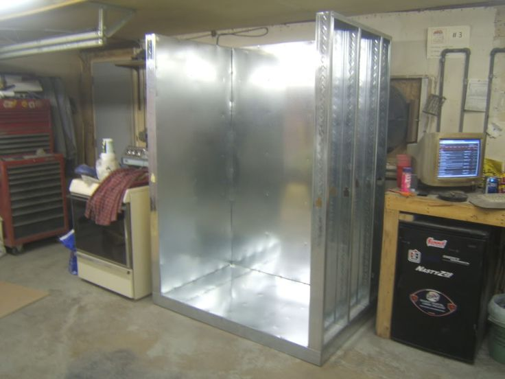 powder coat oven build - Using Metal Studs for the Structure.