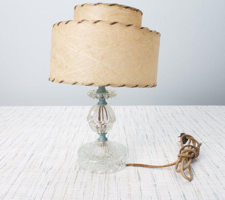 Pressionado Lâmpada de vidro do vintage por Artmyth no Etsy