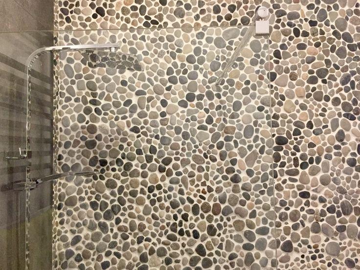Natural stonewall