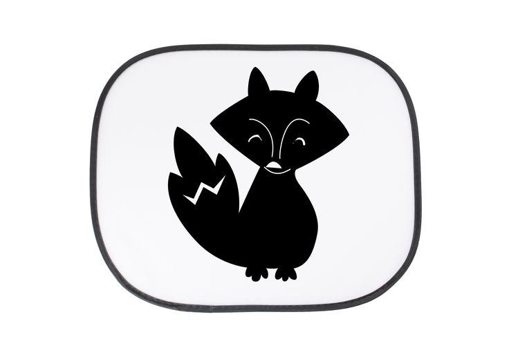 """Auto Sonnenschutz Fuchs Deluxe aus Kunstfaser  Natur - Das Original von Mr. & Mrs. Panda.  Der einzigartige Sonnenschutz von Mr. & Mrs. Panda ist wirklich etwas ganz Besonderes - er hat die Größe 38x44 cm und wird mit zwei Saugnäpfen ausgeliefert. Im Lieferumfang ist ein Sonnenschutz inkl. 2 Saugnäpfen enthalten.    Über unser Motiv Fuchs Deluxe  Füchse sind zauberhafte verspielte Waldbewohner, die ein süßes Accessoire sind und jedermann gefallen. Unser Fuchs """"Deluxe"""" ist zeitlos schön und…"""