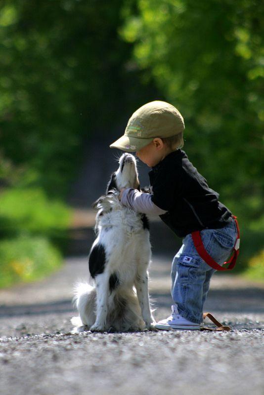 Comme quoi... Un enfant à toujours besoin d'un compagnon qui voit la vie sous un autre angle.  #love