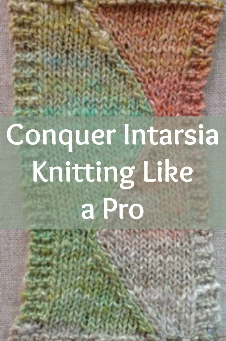 Intarsia knitting is easier than you think with this exclusive knitting techniques guide on how to join different colors to your knitting projects. #knitting #intarsia #colorwork