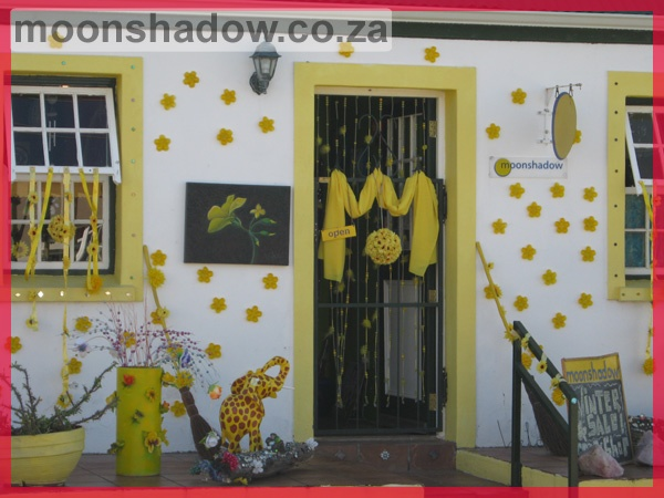 Bohemian? Alternative? Arty? Funky? …Different! Moonshadow Gift & Coffee Shop in #Swellendam #SouthAfrica offers gifts for the senses and therapy for the soul. Whether you are sophisticated or funky, this is the shop for you, a place like no other.
