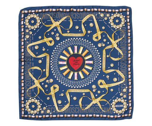 Foulard in seta stampata heart blu 90x90 cm Colore blu multicolor 8900 - Prezzo