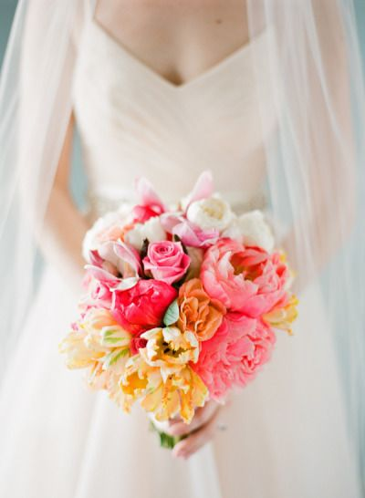 Bright bouquet: http://www.stylemepretty.com/2012/10/18/rosemary-beach-wedding-from-kt-merry-photography/ | Photography: KT Merry - http://www.ktmerry.com/