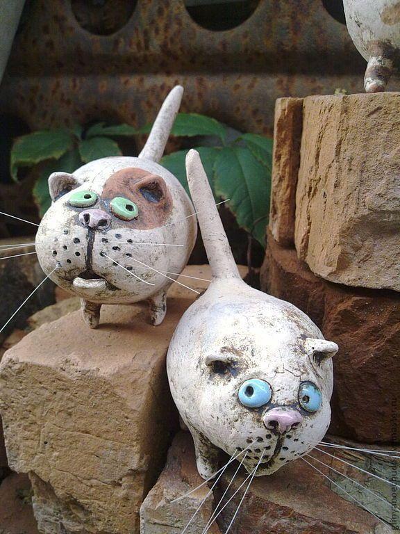 Купить котейки-шалуны - кот, авторская работа, керамика ручной работы, подарок, котик, усатый