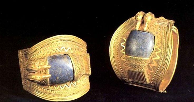 Древнеегипетские Украшения: Ювелирные Изделия, Одежда И Головные Уборы