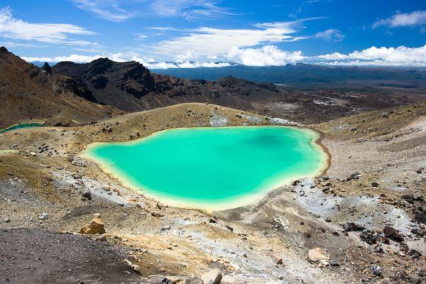 Kratermeer in Nieuw-Zeeland | Lees meer over reizen in Oceanie op www.wearetravellers.nl