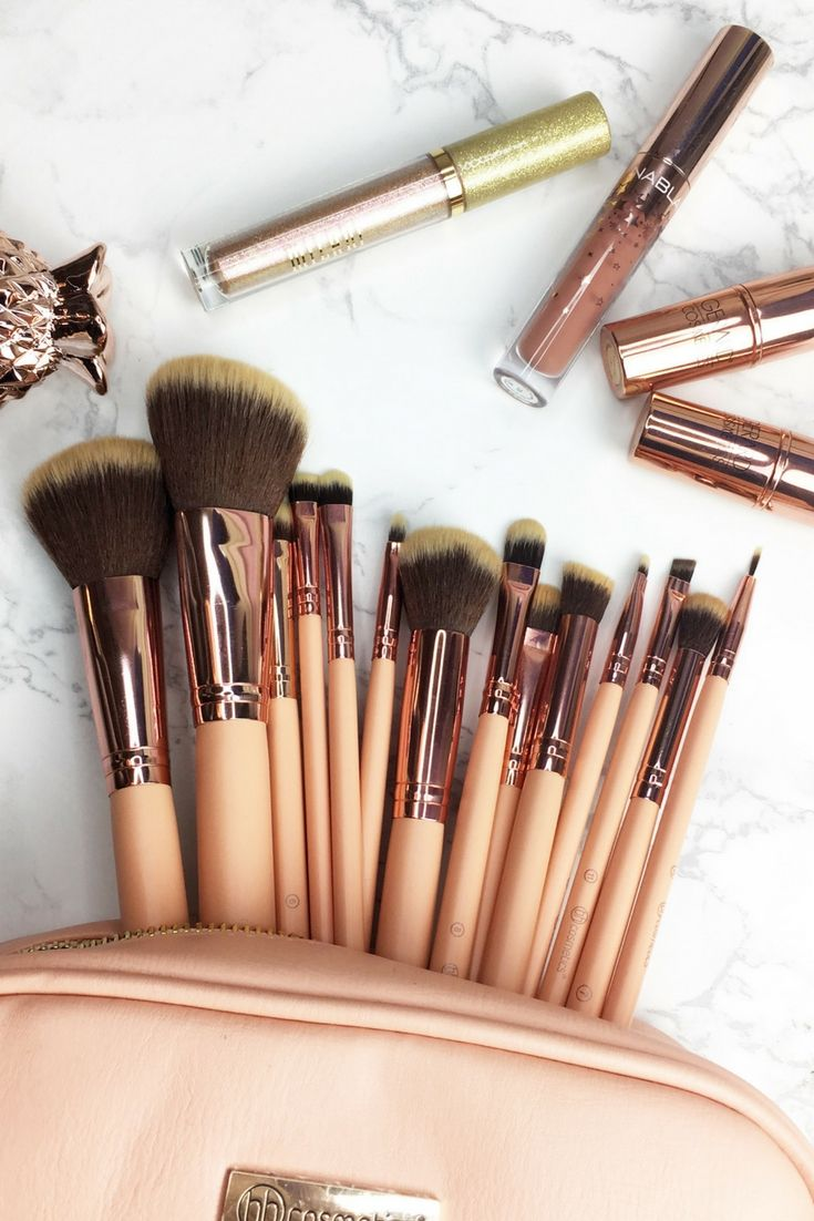 d86f515170cdd BH Cosmetics BH Chic Brush set... 14 brushes in a beautiful peach color