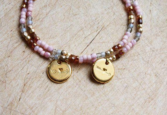 Pastels bijpassende hart - twee armbanden - vriendschap Gift - Boho sieraden - armbanden Bohemian sieraden