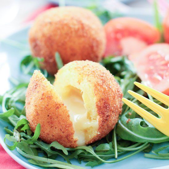 Croquettes potatoes with munster cheese. (in French)